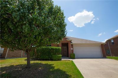 Arlington Single Family Home For Sale: 8218 Mossberg Drive