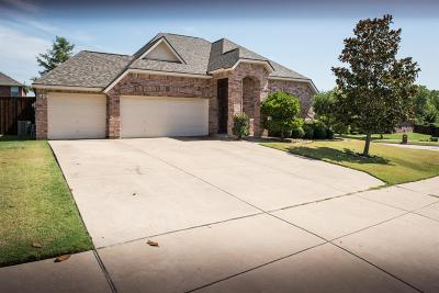 Single Family Home For Sale: 1327 Taren Trail