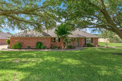 Granbury Single Family Home For Sale: 9112 Ravenswood Road