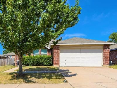 Fort Worth Single Family Home For Sale: 5301 Blue Quartz Road