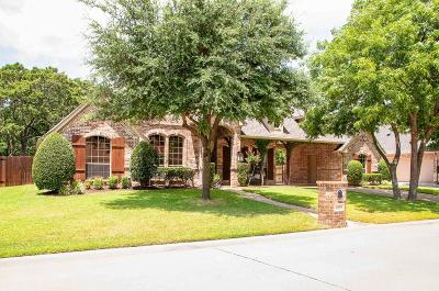 Hurst Single Family Home For Sale: 3505 Texas Trail