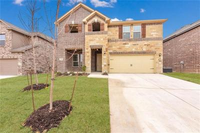 Fort Worth TX Single Family Home For Sale: $326,938