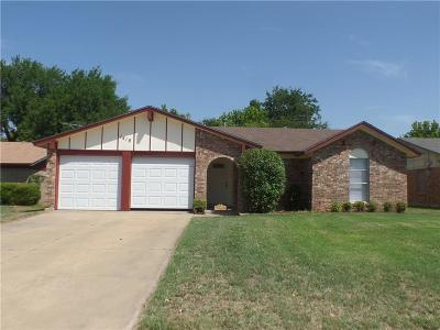 Cleburne Single Family Home For Sale: 1418 Mimosa Street
