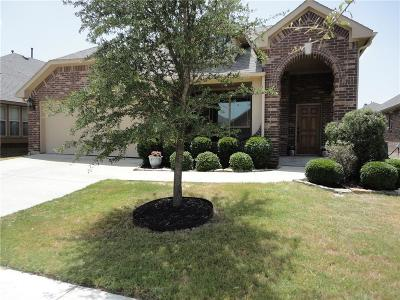 Mansfield Single Family Home For Sale: 202 Bayberry Drive