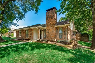 Garland Single Family Home For Sale: 2806 Churchill Way