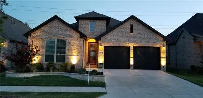 Little Elm Single Family Home For Sale: 724 Field Crossing