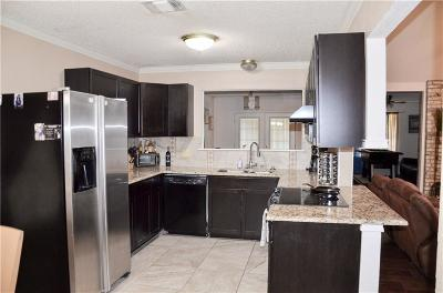 Granbury Single Family Home For Sale: 1212 Chaparral