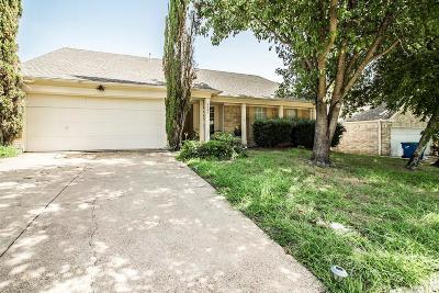 Rowlett Single Family Home For Sale: 8405 Intrepid Lane