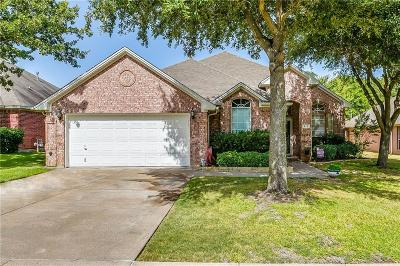 Burleson Single Family Home For Sale: 812 Valley Terrace Road