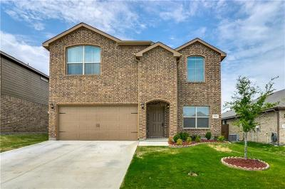 Azle Single Family Home For Sale: 616 Cameron Way