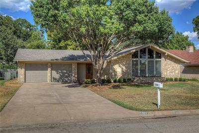 Benbrook Single Family Home For Sale: 1105 Mildred Lane