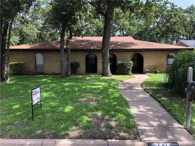 Arlington Single Family Home For Sale: 3415 Hampshire Drive