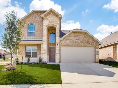 Fort Worth Single Family Home For Sale: 8472 High Garden Street