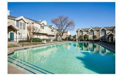 Dallas Condo For Sale: 5881 Preston View #253
