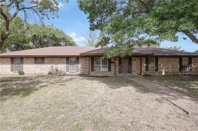 Fort Worth TX Single Family Home For Sale: $204,000