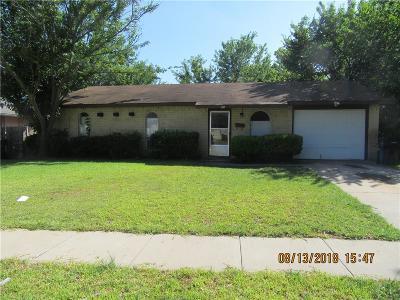 Garland Single Family Home For Sale: 5526 Saddleback Road
