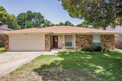 Grand Prairie Single Family Home For Sale: 422 Kirby Creek Drive