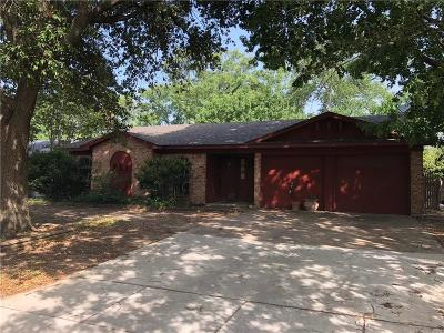 Benbrook Single Family Home For Sale: 1501 Timberline Drive