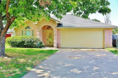Cedar Hill Residential Lease For Lease: 1232 Reeves Lane