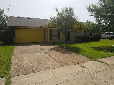 Garland Single Family Home For Sale: 5214 Spring Lake Drive
