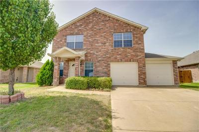 Waxahachie Single Family Home For Sale: 220 Country Meadows Boulevard