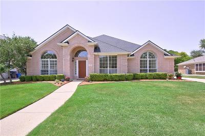 Allen Single Family Home For Sale: 608 Huntington Lane