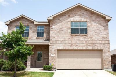 Fort Worth Single Family Home For Sale: 3005 Yoakum Street