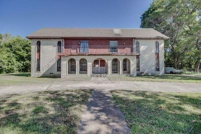 Desoto Single Family Home Active Option Contract: 411 E Pleasant Run Road Road