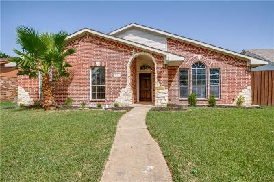Garland Single Family Home For Sale: 625 Kingston Place