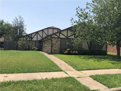 Garland Single Family Home For Sale: 520 Granada Drive
