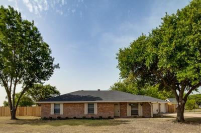 Waxahachie Single Family Home For Sale: 302 Sunrise Drive
