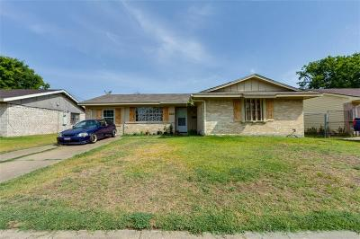 Dallas Single Family Home For Sale: 3231 Pacesetter Drive