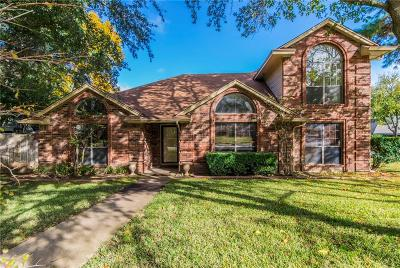 Grapevine Single Family Home For Sale: 5152 Haydenbend Circle