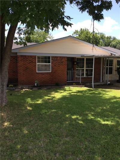 Dallas Single Family Home For Sale: 2370 Blue Creek Drive