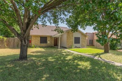 Dallas County, Denton County Single Family Home For Sale: 1706 Hartford Drive