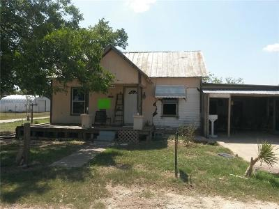 Comanche County Single Family Home For Sale: 204 Walnut