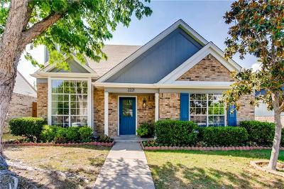 Garland Single Family Home For Sale: 2221 Country Dell Drive