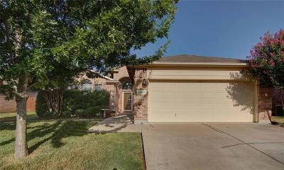 Tarrant County Single Family Home For Sale: 1036 Junegrass Lane
