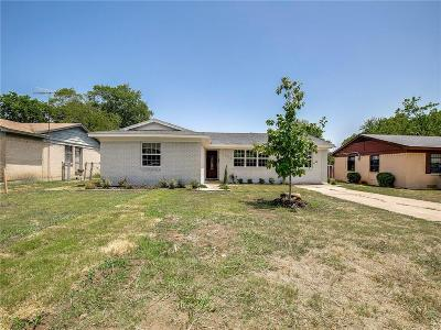 Dallas Single Family Home For Sale: 2380 Blue Creek Drive