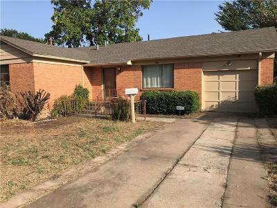 Fort Worth Single Family Home For Sale: 916 E Fuller Avenue