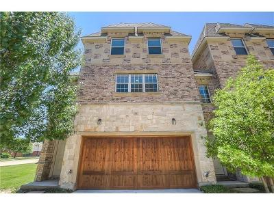 Lewisville Condo For Sale: 2700 Club Ridge Drive #32
