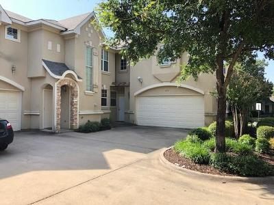 Tarrant County Townhouse For Sale: 517 Kingscote Court