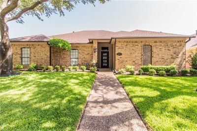 Dallas Single Family Home For Sale: 6707 Flanary Lane