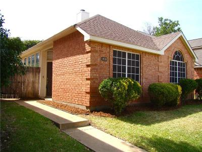Lewisville Single Family Home For Sale: 1808 Orchard Drive