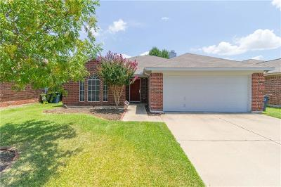 Fort Worth TX Single Family Home For Sale: $170,000