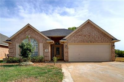 Fort Worth Single Family Home For Sale: 8600 San Joaquin Trail