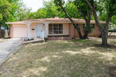 Fort Worth Single Family Home For Sale: 6708 Hemsell Place