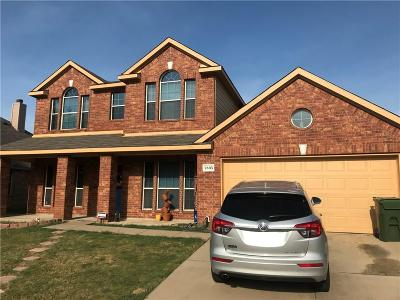 Arlington Single Family Home For Sale: 7805 Decoy Drive