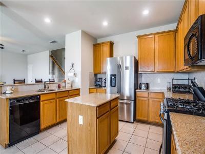 Dallas, Fort Worth Single Family Home For Sale: 10513 Bradshaw Drive
