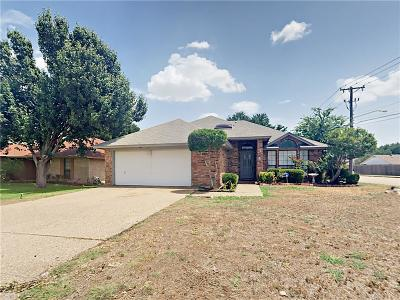 Fort Worth Single Family Home For Sale: 1617 Willow Park Drive